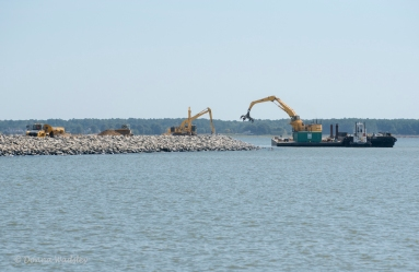 "Poplar Island ""under construction"""